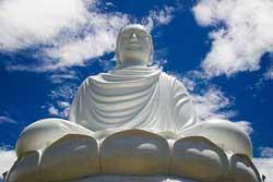 La grande statue de Bouddha à Nha Trang, Vietnam.