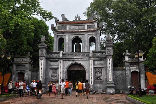Porte d\'entrée du Temple de la Littérature (Văn Miếu).