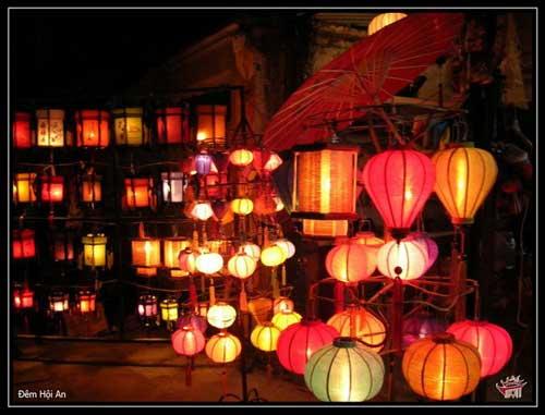 Lanternes artisanales de Hội An.