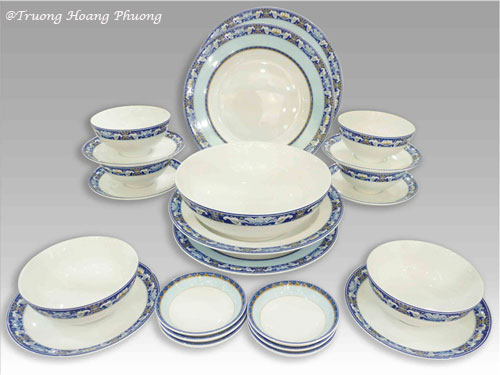 Produits en porcelaine Minh Long.