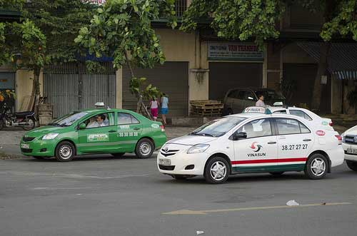 Mai Linh et Vinasun : les 2 plus grandes compagnies de taxi au Vietnam.