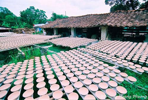 Village de poterie Tân Phước Khánh.